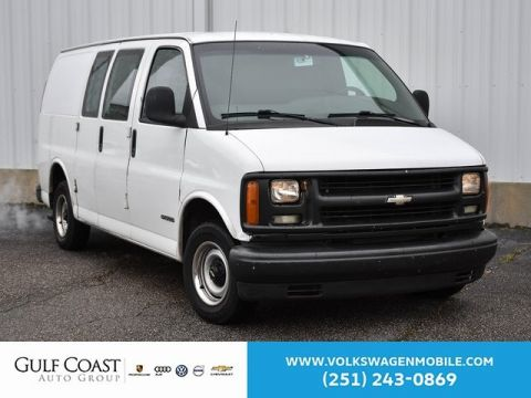 Pre-Owned 2002 Chevrolet Express Van G1500 Base